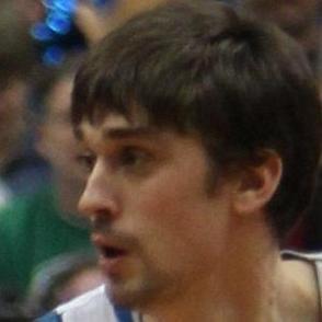 Alexey Shved dating 2020 profile