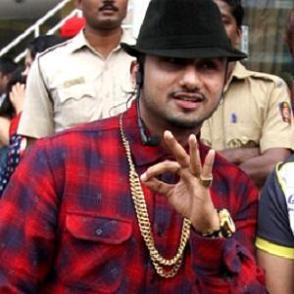Yo Yo Honey Singh dating 2021 profile