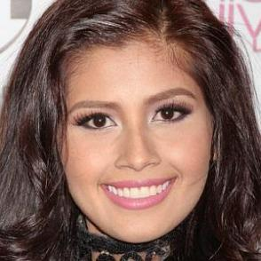 Shamcey Supsup dating 2021