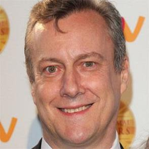 Stephen Tompkinson dating 2020