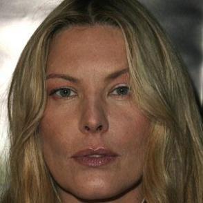 Deborah Kara Unger dating 2021 profile