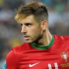 Miguel Veloso dating 2021