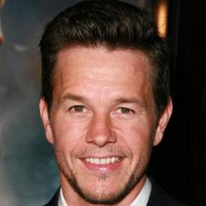 Mark Wahlberg dating 2021
