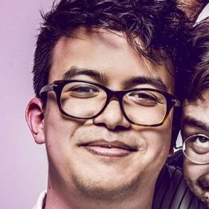 Phil Wang dating 2021 profile