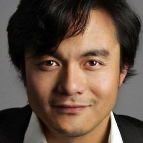 Adrian Zaw dating 2021 profile